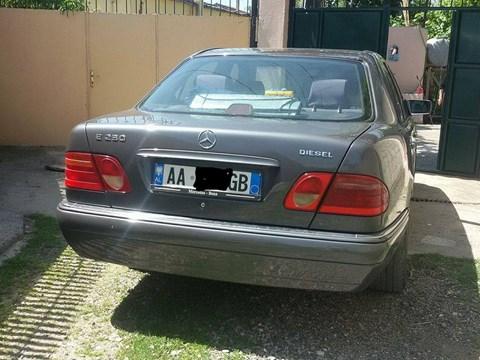 1997 Mercedes-Benz E Gri Ne Shitje Foto 2
