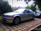 2000 BMW 318