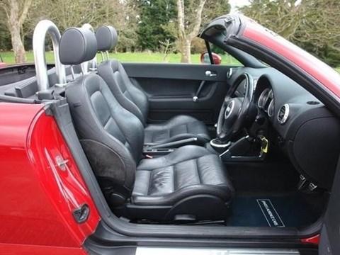 2001 Audi TT E Kuqe Ne Shitje Foto 3