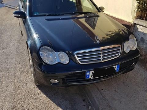 2004 Mercedes-Benz C E Zezë Ne Shitje Foto 1