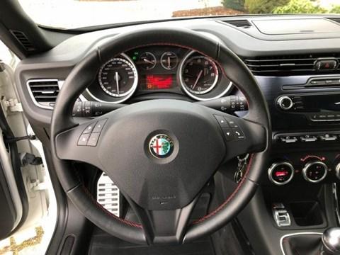 2011 Alfa Romeo Giulietta Bezhë Ne Shitje Foto 2