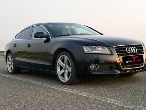 2011 Audi A5 E Zezë Ne Shitje Foto 1