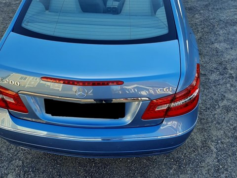 2011 Mercedes-Benz E Blu Ne Shitje Foto 4