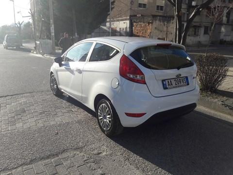 2012 Ford Fiesta E Bardhë Ne Shitje Foto 2