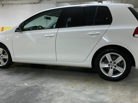 2013 Volkswagen Golf E Bardhë Ne Shitje Foto 2